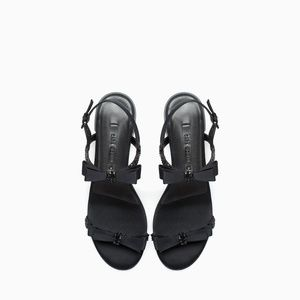 ZARA Black Flat Sandal with Bow Detail Beaded